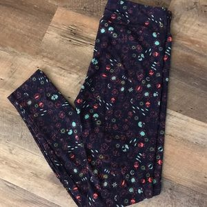 Lularoe OS leggings. EUC